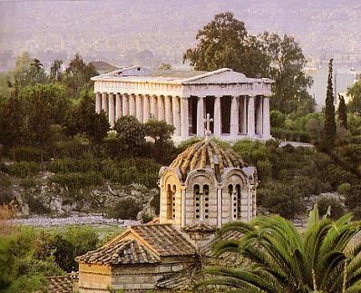 В Афинах каждый камень дышит историей