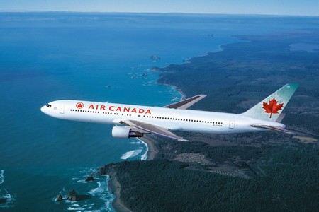 В бутербродах, предлагаемых на борту авиакомпании Air Canada нашли швейные иглы