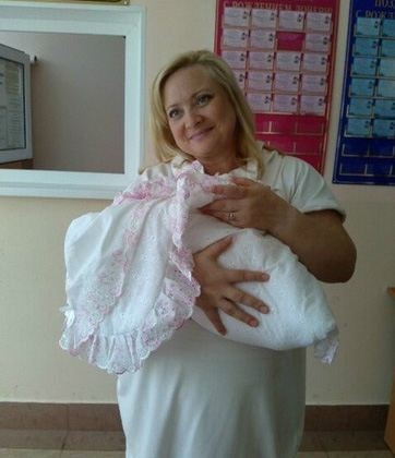 Наталья Пермякова с малышкой