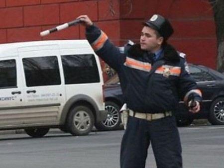 На Украине кортежам чиновников можно нарушать ПДД