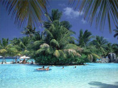 Мальдивские острова - атмосфера необитаемости