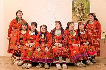 «Бурановских бабушек» наградили орденами Михаила Архангела за вклад в развитие РПЦ
