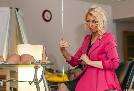 Модный секс-инструктор Екатерина Любимова