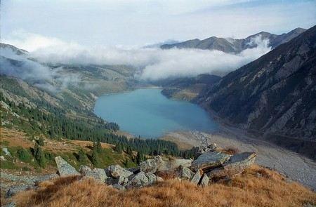 В национальном парке Казахстана найдены еще три тела с ножевыми ранениями. Количество жертв массового убийства достигло 11