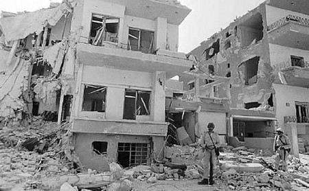 Оппозиционеры взорвали здание Генштаба в Дамаске