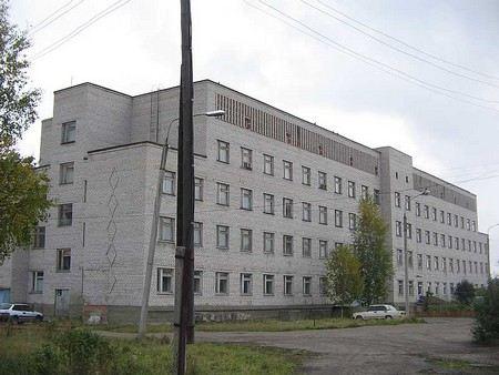 В результате нападения на Никольскую районную больницу в Подмосковье пострадали 4 человека