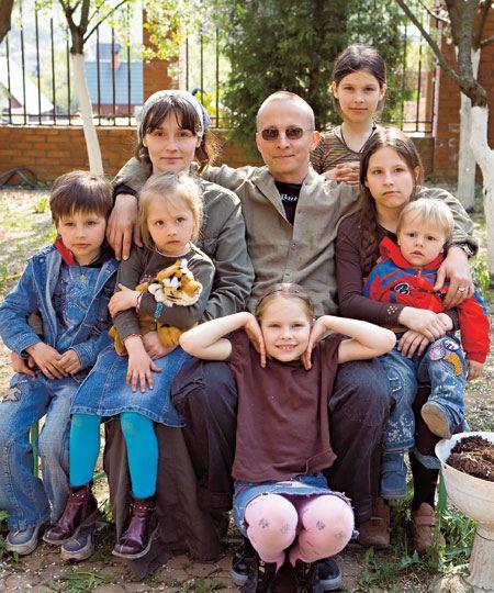 Большая семья Ивана Охлобыстина