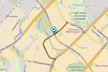 В Москве в ДТП попало маршрутное такси. Микроавтобус перевернулся от столкновения с легковым автомобилем
