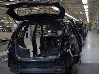 Петербургский завод General Motors возобновил работу