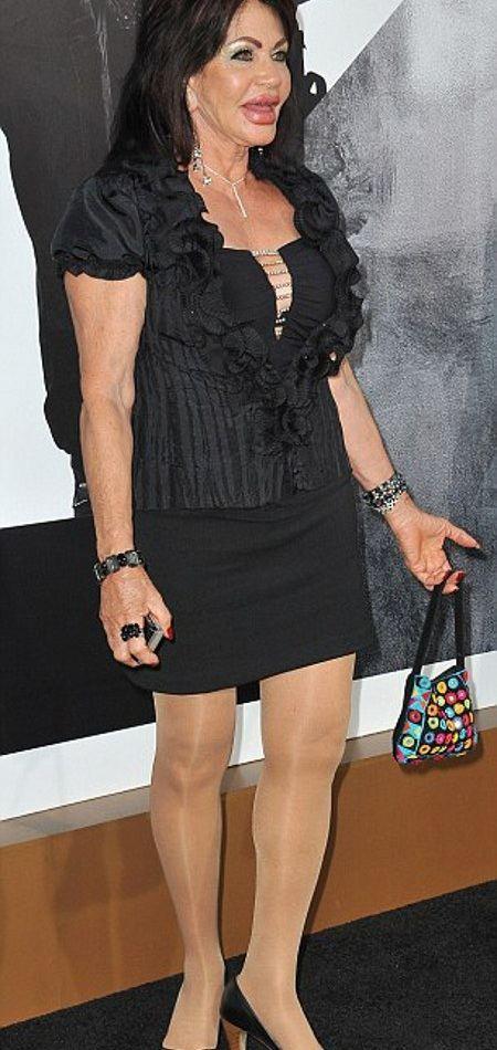 Жаклин Сталлоне на премьере Неудержимых-2