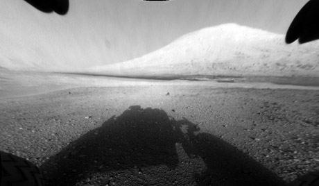 Curiosity отправился в путешествие по Марсу
