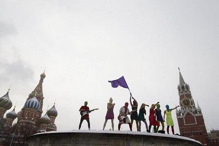 Мосгорсуд перенес жалобы адвокатов Pussy Riot на 2 дня из-за неявки всех защитников