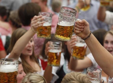 Пиво вернется к спортивным болельщикам