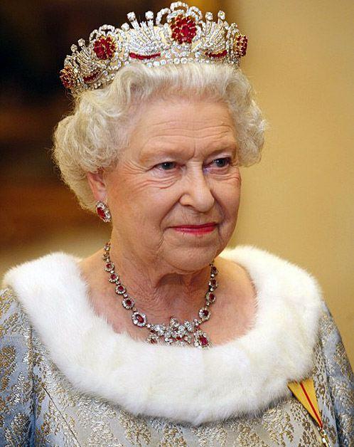 Елизавета II в шоке от поступка принца Гарри