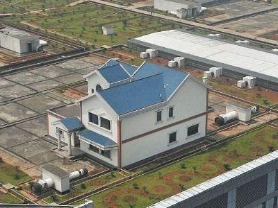 Дома на крыше торгового центра
