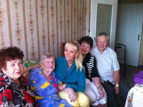 Валерия в гостях у бабушки
