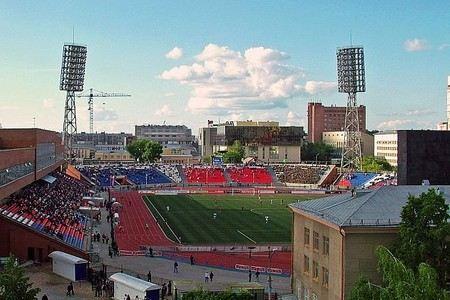 Из двух банкоматов на стадионе «Спартак» грабители похитили 3,5 млн рублей. Поиски грабителей продолжаются.