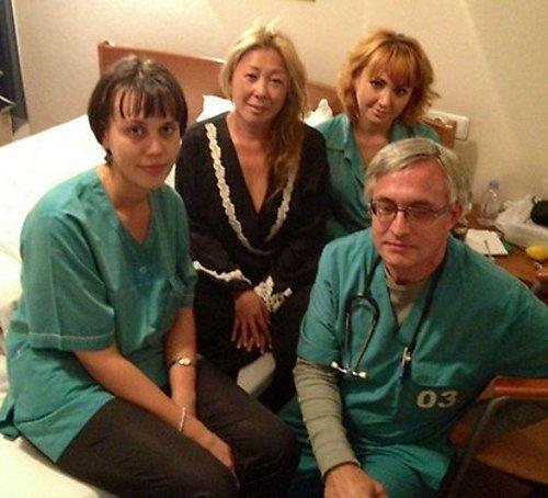 Анита Цой. Вчера доктора Новокузнецка помогали мне подняться на ноги