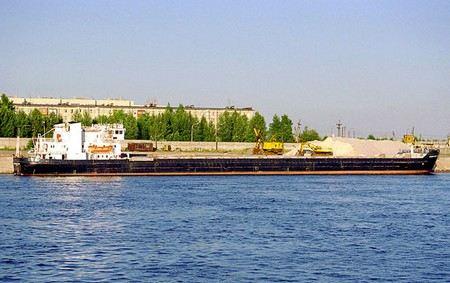В Грузии в потийском порту задержано российское судно «Сибирский-2128» за загрязнение окружающей среды фекалиями. Капитан задержан.