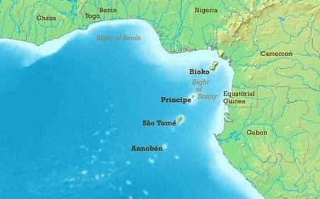 В Гвинейском заливе захвачен нефтяной танкер под флагом острова Мэн. 24 члена экипажа находятся в плену у пиратов