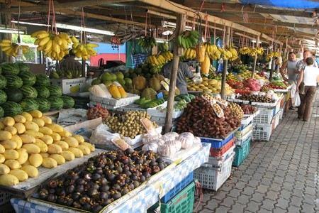 Все рынки Владикавказа будут закрыты 1 сентября. Официальная причина - проведение санитарного дня