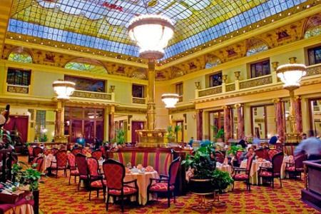 Интерьер гостиницы
