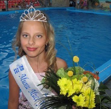 Дочь Миссис Мира 2012 Анны Щаповой, победительница Мини Мисс Украина - Полина