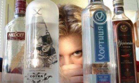 По подсчетам главы Роспотребнадзора Онищенко, в России 3 млн алкоголиков