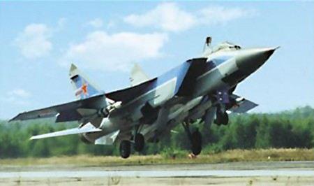 Сирийские повстанцы уничтожили два самолета-истребителя.