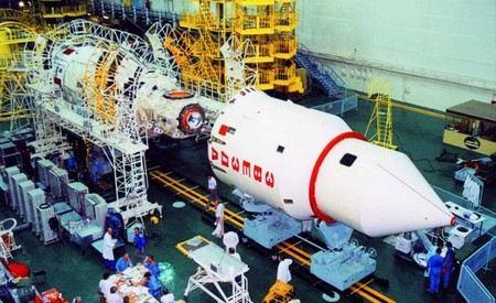 Сегодня глава Роскосмоса назначил временно исполняющего обязанности главы Космического центра им. Хруничева. Им стал Василий Сычев