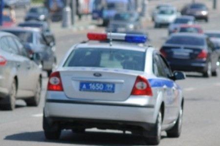 Днем в четверг, 6 сентября, в Москве был объявлен план «Перехват», ищут водителя Audi Q7, который сбил полицейского