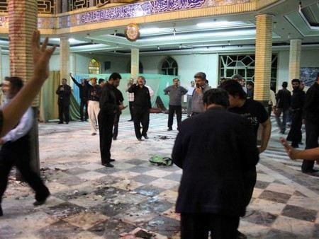 Бойцы свободной сирийской армии взорвали мечеть в Дамаске. Взрывчатка была заложена в мотоцикл