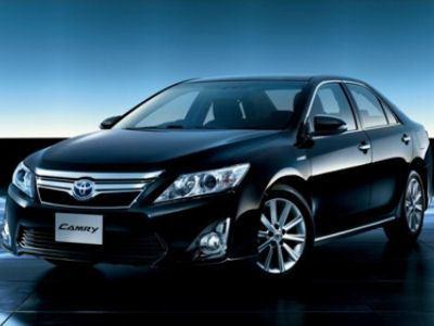 Водители седанов бизнес-класса Toyota Camry - на третьем месте по агрессивности