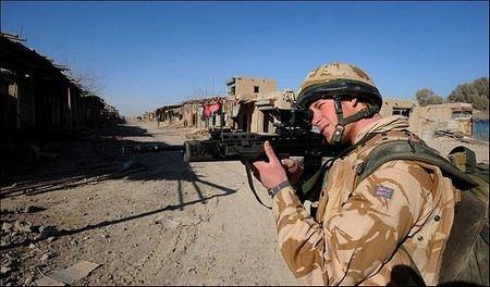 Принца Уэльского берегут от опасности. Гарри покинул военную базу в Афганистане.