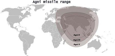 Индийские военные провели испытания баллистической ракеты «Агни-4» в Бенгальском заливе.