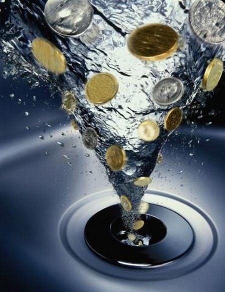 В Астраханской области из-за долгов за электричество «Астраханских водопроводов» жители могут остаться без воды.