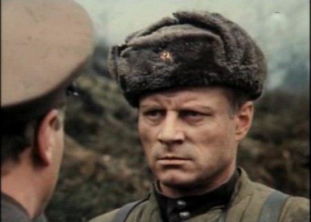 В ближайшее время роли Броневого в Ленкоме будет играть Виталий Зикора.