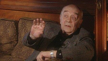 На время болезни Леонида Броневого его роли в Ленкоме Достанутся Виталию Зикоре