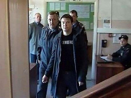 Сергей Цапок вскрыл себе вены в зале суда. Первые официальные комментарии дал прокурор
