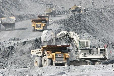 В республике Саха из-за нарушений, выявленных Ростехнадзором закрыт рудник «Мир», на котором добывается более 12% алмазов во всем мире.