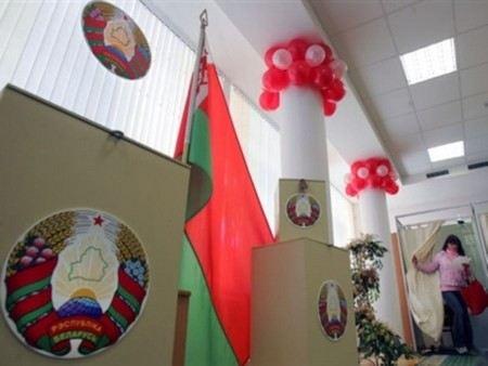 Наблюдатели от СНГ заявили, что выборы в Белоруссии были свободными и легитимными.
