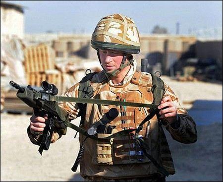 Афганские исламисты ищут соратников в Великобритании для убийства принца Гарри, который проходит воинскую службу в горячей точке.