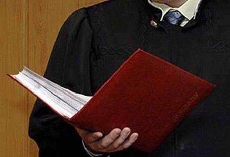 Вынесен приговор бывшему юристу ЮКОСа Ивану Колесникову. Суд приговорил его к 6,5 годам тюрьмы за похищение акций Енисейнефтегаз.