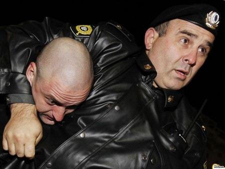 Задержание Сергея Удальцова на проспекте Сахарова в Москве Мещанский суд столицы признал незаконным.