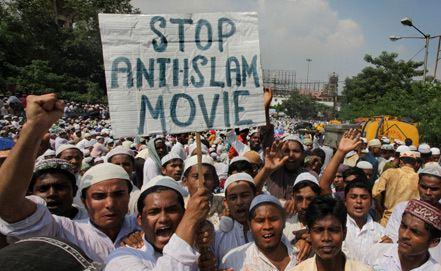 Невиновность мусульман вызвала массовые волнения