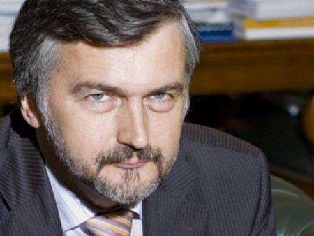 Отток капитала из России в 2012 году, по прогнозам Минэкономразвития составит около 65 миллиардов долларов.