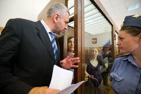 Новыми адвокатами Екатерины Самуцевич из Pussy Riot стали Ирина Хрунова и Фарид Муртазин.