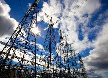 Блэкаут в Крымске. Из-за аварии на линии электропередач без света остались 12 тыс. человек.
