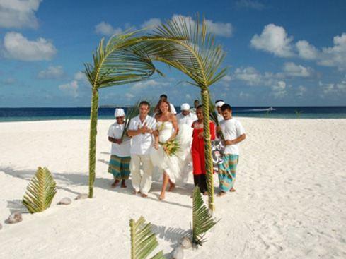 Свадьба на мальдивском пляже - незабываемая романтика