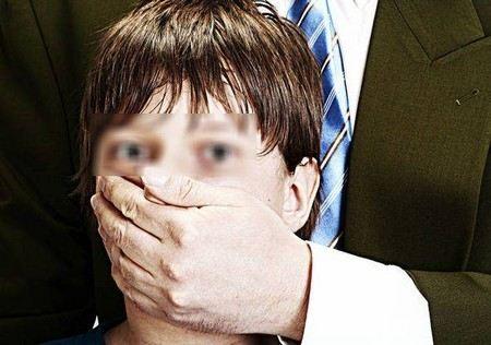 В Москве за мужеложство с несовершеннолетним задержан заместитель директора школы №513.